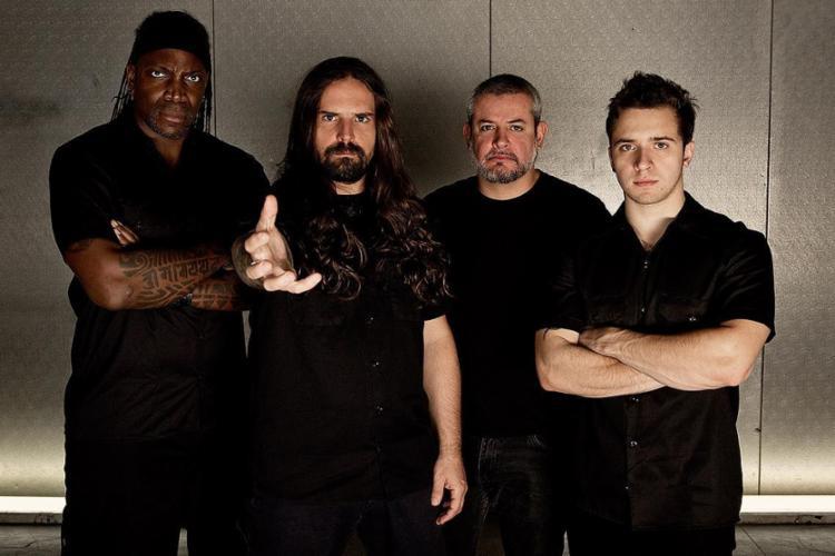 O metal pesado do Sepultura encerra a primeira noite do Rock Concha, sábado - Foto: Divulgação