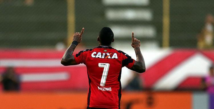 Principal jogador do Vitória, Marinho tem participação direta em 13 gols na Série A - Foto: Raul Spinassé l Ag. A TARDE