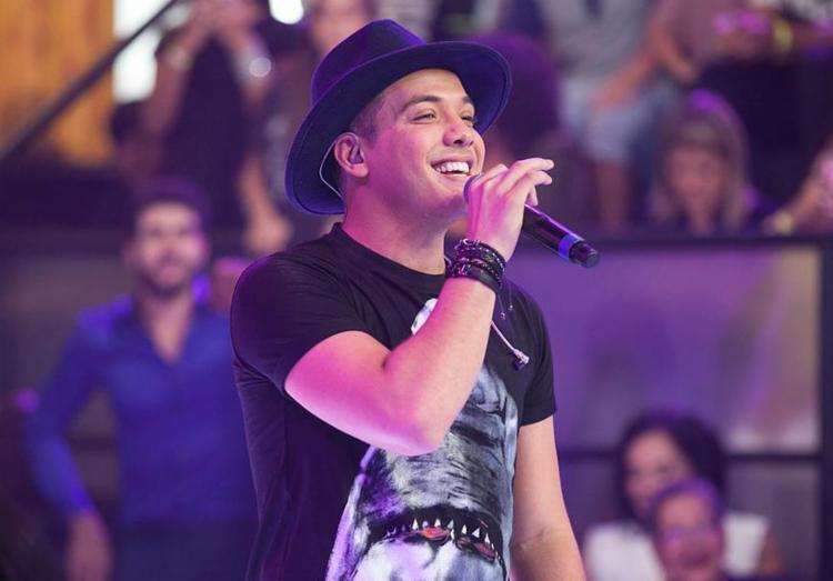Cantor faz show no segundo dia, 11 - Foto: Pedro Curi | Globo