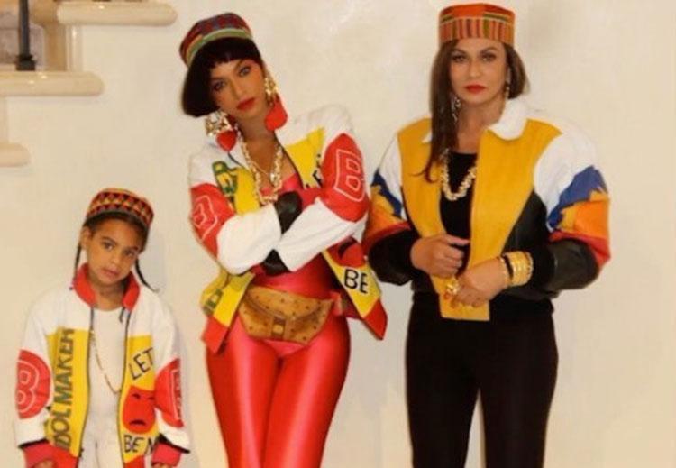 Bey posou ao lado de Blue Ivy, sua filha, Tina Knowles, sua mãe - Foto: Reprodução   Instagram