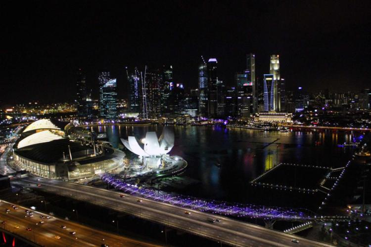 Um dos centros financeiros mais pujantes da Ásia, cidade é referência em equipamentos de última geração - Foto: Marcelo Poletto | Ag. A TARDE