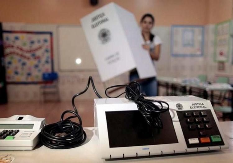 Pesquisa aponta que corrupção e falta de confiança em candidatos afetam eleitores - Foto: Ueslei Marcelino | Agência Reuters