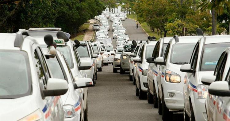 A audiência vai discutir sobre a prestação do serviço de táxi - Foto: Luciano da Matta | Ag. A TARDE