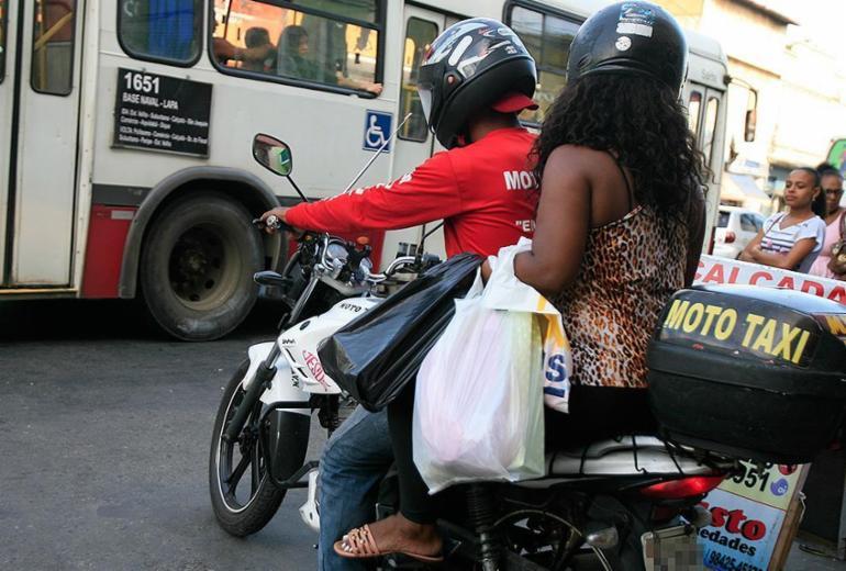 Audiência debate transporte por mototáxis em Salvador; confira as mudanças propostas