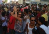 Grupo protesta em frente ao prédio pivô de polêmica no governo federal | Foto: