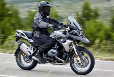 Salão de Milão desvenda nova moto da BMW