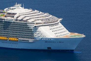 Maior navio de cruzeiros do mundo abre temporada no Caribe |