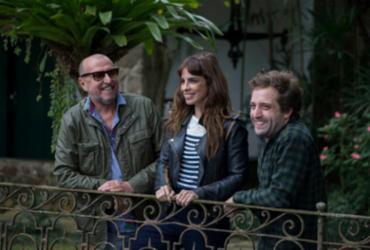 Gregório Duvivier, Maria Ribeiro e Xico Sá participam do 'Domingo no TCA'
