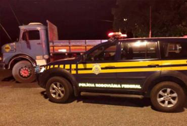 PRF recupera veículo de carga 24h após ser roubado na Bahia