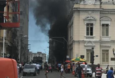Vigilantes fazem protesto próximo ao Palácio Rio Branco
