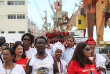 Comunidade portuária festeja São Nicodemos com procissão