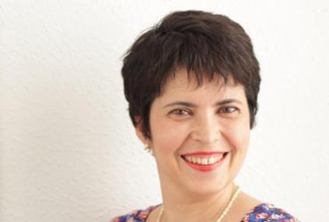 """Micheliny Verunschk: """"A literatura é maior que o mercado"""""""