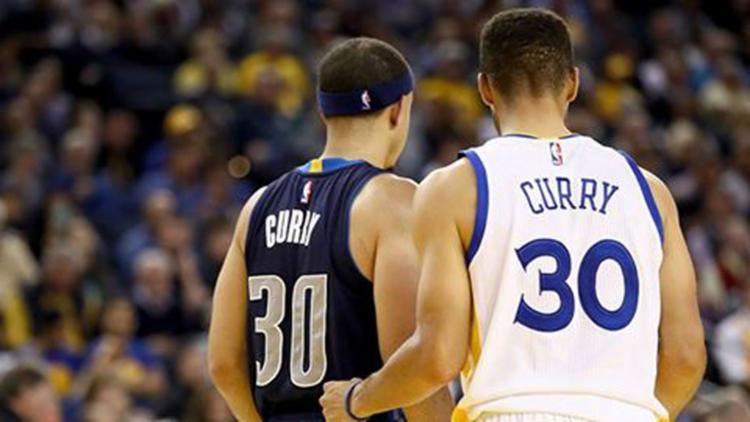 O jogo marcou o encontro dos irmãos Curry - Foto: Reprodução | Facebook | Golden State Warriors