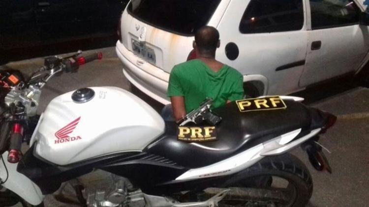 Após uma perseguição, o homem de 32 anos foi alcançado pela polícia e preso - Foto: Divulgação | PRF