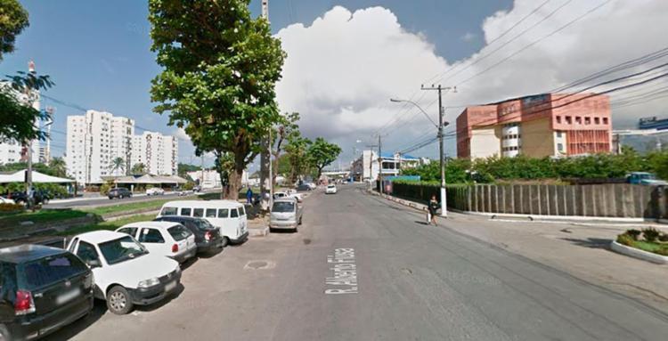 O acidente foi na rua Alberto Fiúza, no Imbuí - Foto: Reprodução   Google Maps