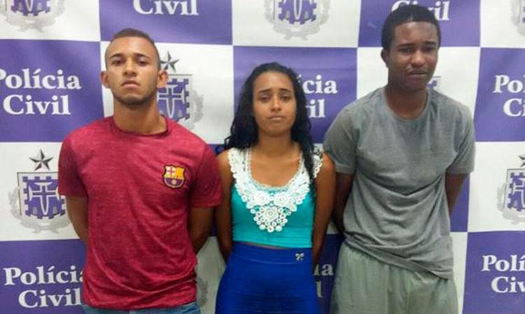 O trio preso era apoiado por outro veículo, de onde partiu o tiro - Foto: Divulgação