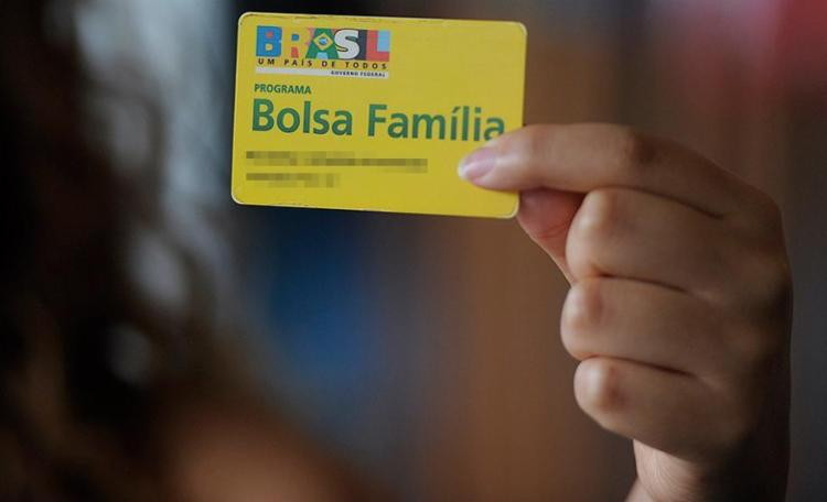 O Bolsa Família atende, de acordo com a CGU, a 13,5 milhões famílias - Foto: Jefferson Rudy l Agência Senado l Divulgação l 1.10.2014