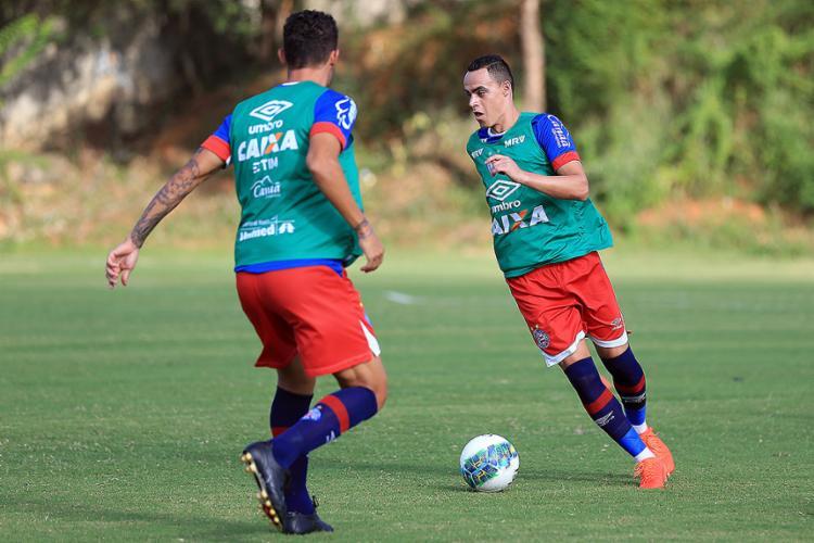Victor Rangel na vaga de Wesley Natã foi outra mudança que o treinador testou na tarde desta terça-feira, 1º - Foto: Felipe Oliveira l EC Bahia