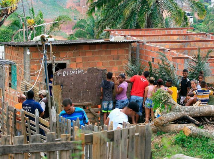 Inaldo foi morto dentro de casa em Fazenda Grande IV - Foto: Edilson Lima | Ag. A TARDE