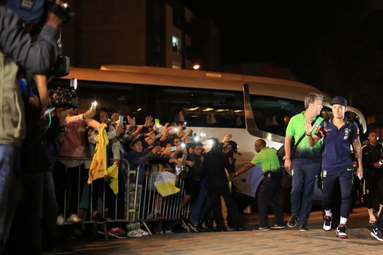 Neymar foi o mais aplaudido pelos torcedores - Foto: Lucas Figueiredo | CBF