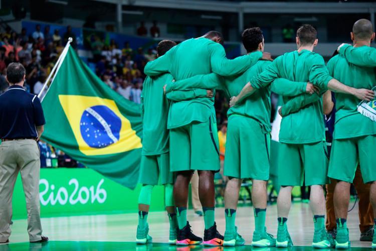 A CBB promete rebater quatro pontos alegados pela federação internacional nesta quarta - Foto: Reprodução | Twitter | Time Brasil