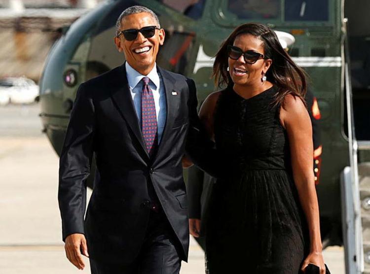 Barack Obama ao lado da mulher, a primeira-dama Michelle Obama - Foto: Kevin Lamarque   Agência Reuters
