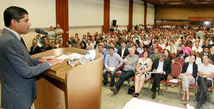 """Ao falar para uma plateia de prefeitos, Neto aconselhou """"fazer o dever de casa"""" - Foto: Luciano da Matta l Ag. A TARDE"""