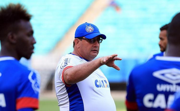 Técnico não quer que ansiedade da torcida contagie também os atletas - Foto: Felipe Oliveira l EC Bahia