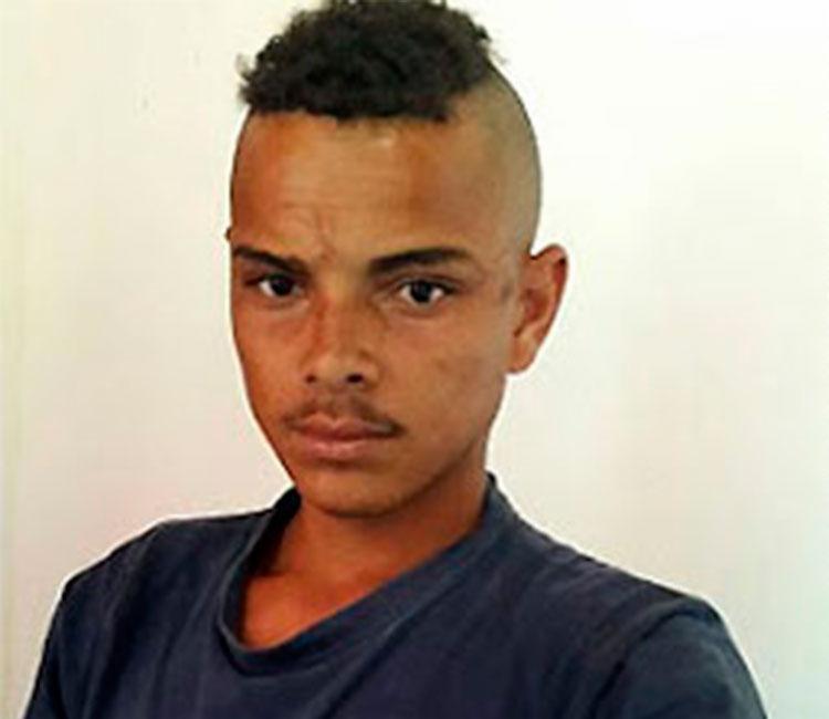 Erenildo Jesus dos Santos, 24 anos, é suspeito do crime - Foto: Reprodução   Blog do Marcelo