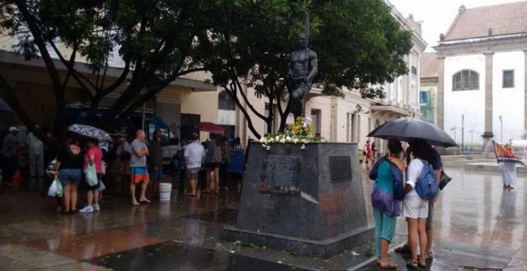 Essa é 8ª edição da lavagem da estátua - Foto: Luciano da Matta | Ag. A TARDE
