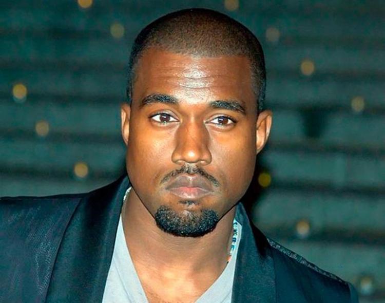 West cantou apenas três músicas antes de criticar alguns artistas e Hillary Clinton - Foto: Reprodução   Facebook