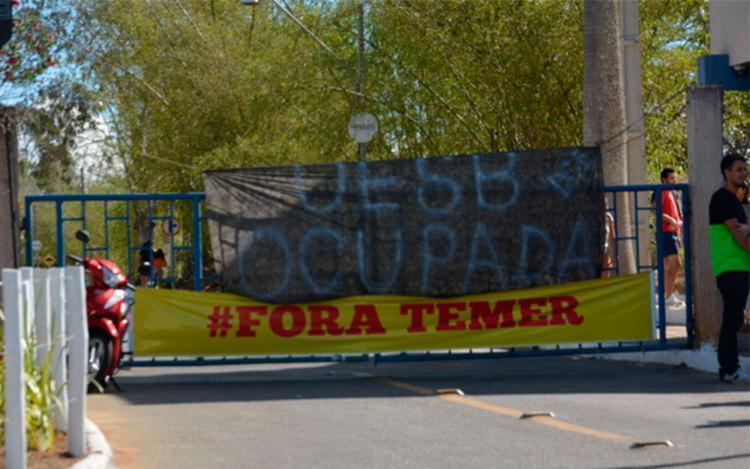 Campis da Uesb também foram ocupados por manifestantes - Foto: Reprodução | Blog do Anderson
