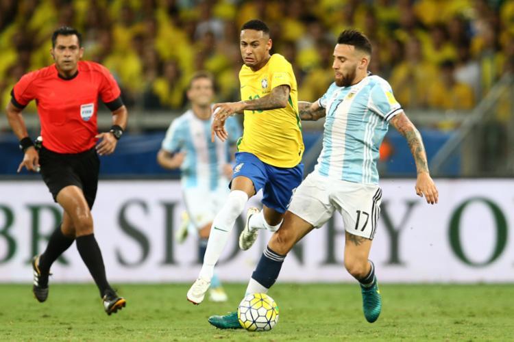 Neymar durante duelo diante da Argentina - Foto: Lucas Figueiredo | CBF