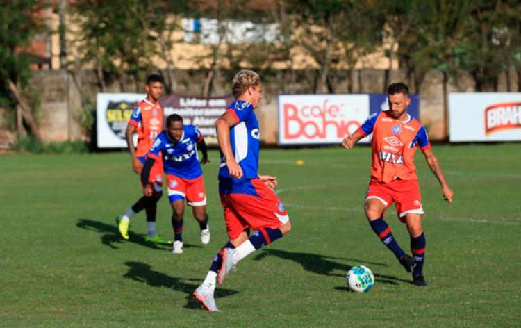 Os atletas durante atividade desta segunda-feira, 21 - Foto: Felipe Oliveira | EC Bahia