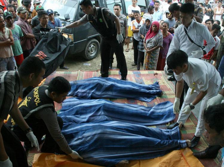 Vítimas eram trabalhadores indonésios - Foto: Antara Foto | MN Kanwa | via REUTERS