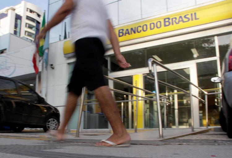 Franco descarta venda do BB para o Itaú ou Bradesco - Foto: Joá Souza | Ag. A TARDE | 15.10.2014