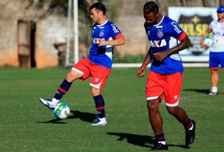 O elenco participou de um treino técnico com bola - Foto: Felipe Oliveira | EC Bahia