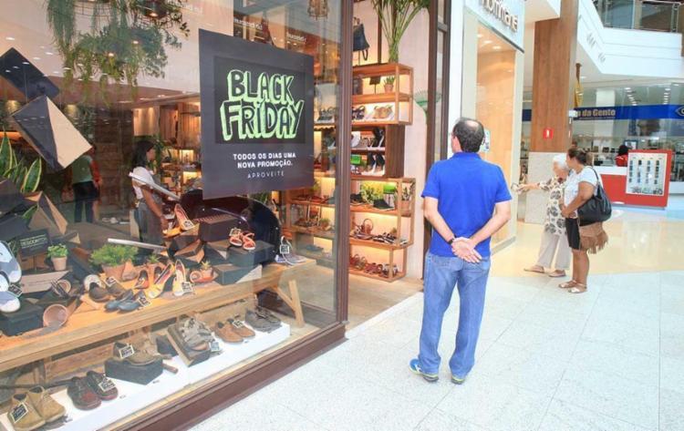 81% dos entrevistados pretendem consumir durante a Black Friday - Foto: Luciano da Matta | Ag. A TARDE