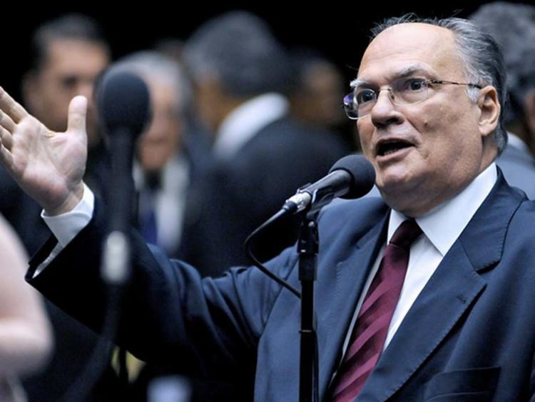 Roberto Freire é a favor da saída do presidente Michel Temer - Foto: Beto Oliveira | Câmara dos Deputados