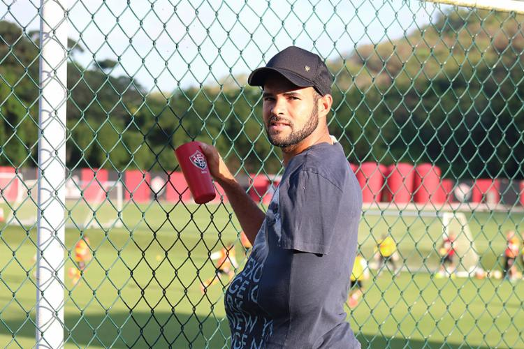 José Welison se recupera de cirurgia no ombro - Foto: Francisco Galvão l EC Vitória