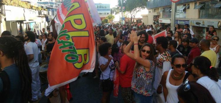 Grupo interditou a Avenida 7 de setembro - Foto: Luan Santos | Ag. A TARDE