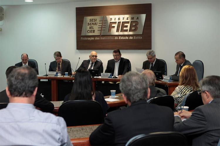 Empresários do setor afirmam que a exploração em campos terrestres pode fomentar cadeia produtiva - Foto: Alberto Coutinho l Gov-BA
