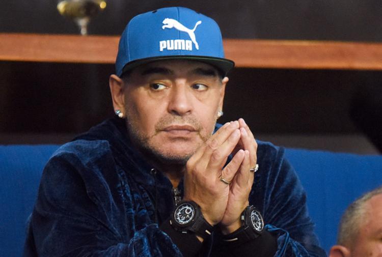 Maradona alega que as filhas escondem dinheiro do fisco argentino - Foto: Stringer | AFP