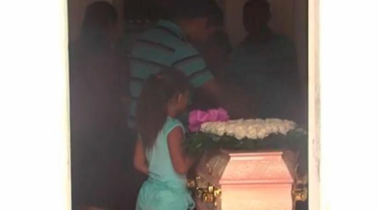 Corpo de Celine foi enterrado em Ubatã - Foto: Reprodução   TV Bahia