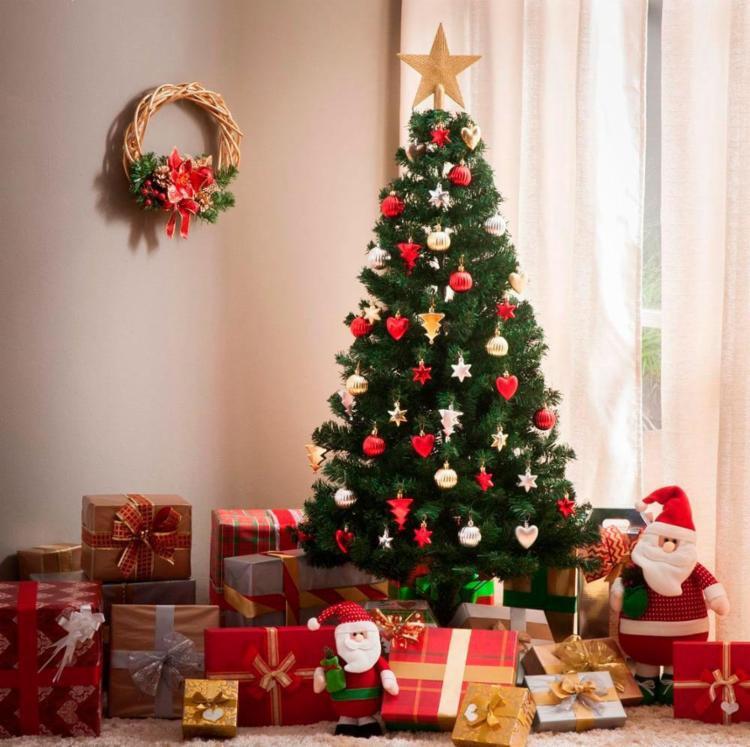 Tradição Diz Que árvore De Natal Deve Ser Montada Neste Domingo