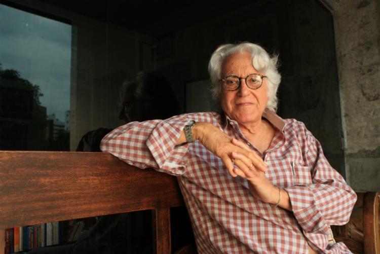 O poeta participou da Iemanjá Filmes, da editora Macunaíma e da revista literária Mapa - Foto: Xando Pereira | Ag. A TARDE