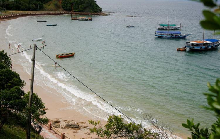 Praia Nossa Senhora de Guadalupe, na Ilha dos Frades - Foto: Joá Souza   Ag. A TARDE   12.06.2015