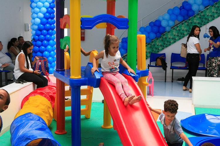Salas equipadas com brinquedos estimulam desenvolvimento cognitivo de pacientes - Foto: Xando Pereira l Ag. A TARDE
