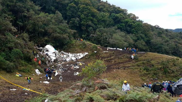 O acidente ocorreu na madrugada desta terça - Foto: Reprodução   Twitter   AerocivilCol