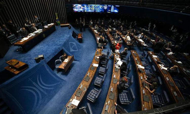 Texto-base da PEC do Teto dos Gastos Públicos foi aprovado por 61 votos favoráveis e 14 contrários - Foto: Fabio Rodrigues Pozzebom | Agência Brasil
